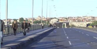 Unkapanı Köprüsü Araç Trafiğine Kapatıldı