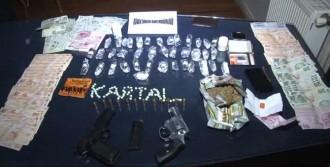 Uyuşturucu Satıcılarına Şafak Baskını