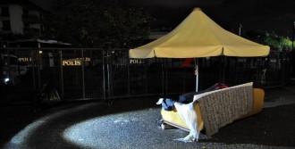 Validebağ'da Gece Nöbeti