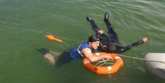 Van Gölü'nde Boğulmalara Karşı Tatbikat