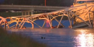Washington'da Köprü Çöktü