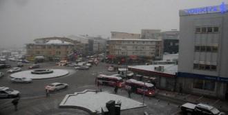 Yalova'da Kar Yağışı