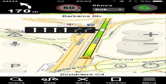 Yandex Navigasyon Şerit Yönlendirmesi de Yapacak