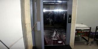 Yemek Fabrikasında Asansör Kazası!
