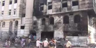 Yemen'de Askeri Üsse İntihar Saldırısı