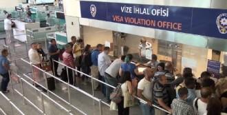 Yeşil Pasaport Alan Aile Mensupları Da Mağdur Oldu