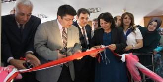 Yüksekova'da Geleneksel Yıl Sonu Sergisi