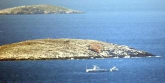 Yunan Balıkçılar Kardak'ta