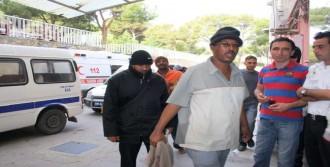 Kaçak Göçmenlerin Botunu Patlattı