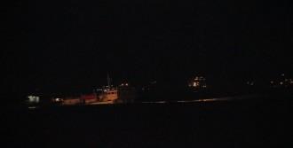 Zeytinburnu Açıklarında Kuruyük Gemisi Karaya Oturdu