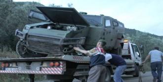 Zırhlı Araç Takla Attı: 3 Yaralı