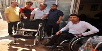 Zonguldak'ta 12 Engelliye Tekerlekli Sandalye