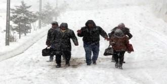 Zonguldak'ta 84 Köy Yolu Ulaşıma Kapandı