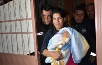 Anne, bir yaşındaki bebeğini döverek öldürdü!