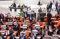 TBMM'de 'istifa' protestosu gerilimi