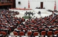 """Ekonomiye ilişkin """"torba teklif"""" Meclis'te kabul edildi"""