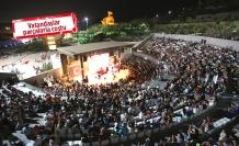 Karabağlar'da konsere yoğun ilgi