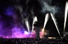 İzmir'de unutulmayacak kutlama: Işığın hiç sönmeyecek