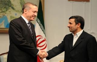 Erdoğan Ahmedinejad ile görüştü