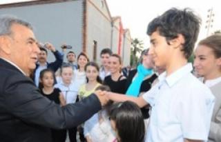 Başkan Gençleri Ağırladı