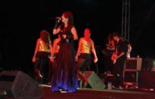 Gölbaşı'nda Hande Yener Konseri