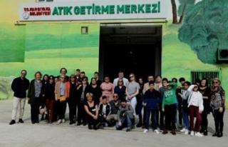 Karşıyaka'da 'geri dönüşüm' gezisi