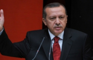Başbakan'dan Askere Darbe Nasihati