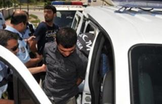 Polisten Kaçarken Kaza Yaptılar!