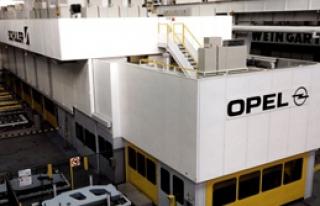 Opel Krizi Yılan Hikayesine Döndü