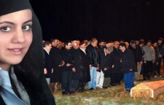 Yeni Gelin Bıçaklanarak Öldürüldü
