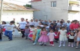 150 Yıllık Gelenek Çocukların  'Amin Alayı'