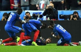 Fransa 5-2 İzlanda