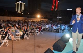 AK Parti İzmir'den 'vefa' iftarı