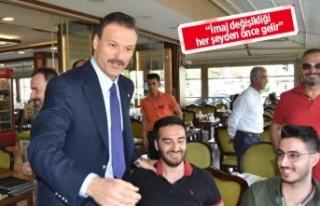 AK Parti'li Özalan, İzmir'de vatandaşlarla...
