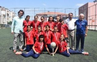 Azimleriyle her güçlüğü aşıp Türkiye şampiyonu...