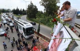 İzmir'de 'İnce' karşılama: Yollarına...