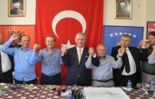 İzmirli Balkanlar 'adayımız Öztürk'...