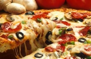 İzmir'in ünlü pizzacısına Avrupa'dan...