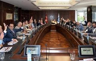 İZVAK'tan İzmir'de yeni sayfa: Özgener'e...