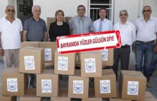 113 mahalledeki belirli adreslere gıda kolileri dağıtıldı