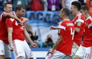 Dünya Kupası'nın açılış maçında kazanan...