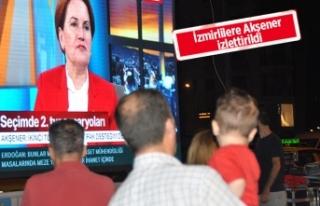 İYİ Parti İzmir'den 'canlı yayın'...
