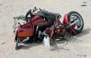 İzmir'de feci kaza: Öldürdü, kaçtı!