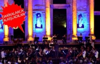 İzmir Festivali'nde unutulmaz Celsus gecesi!