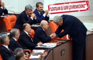 İYİ Partili Dervişoğlu'ndan o kare için...