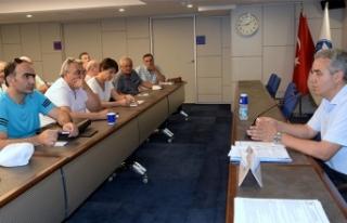 İZTO'da 'Barış' masası vatandaşları...