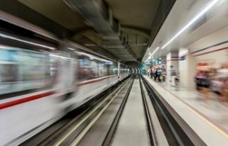 Narlıdere Metrosu'nda 'derin tünel'...
