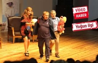 Tiyatronun efsaneleri, İzmir Fuarı'nda!