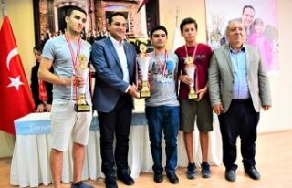 İzmir'in Kurtuluşu'na özel turnuva!