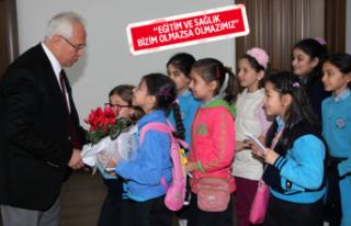 Karabağlar Belediyesi'nden okullara büyük destek